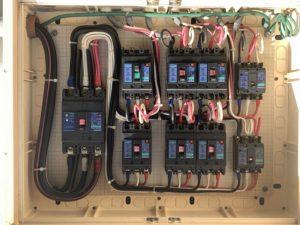 エアコン分電盤の調査