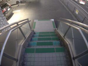 階段滑り止め再設置